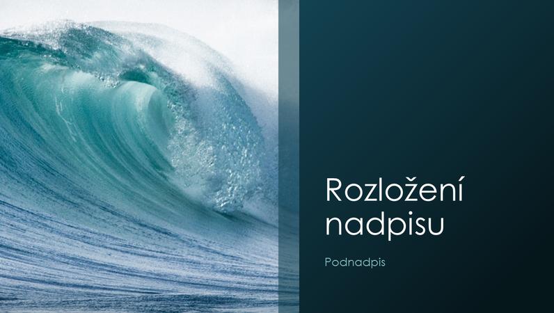 Prezentace s motivy mořských vln (širokoúhlý formát)