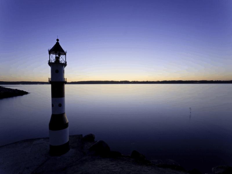 Thème mer - Phare de nuit