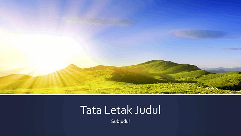Presentasi alam berleret biru dengan foto matahari terbit di gunung (layar lebar)