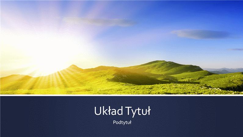 Prezentacja z niebieskimi paskami i zdjęciem wschodu słońca w górach (panoramiczna)