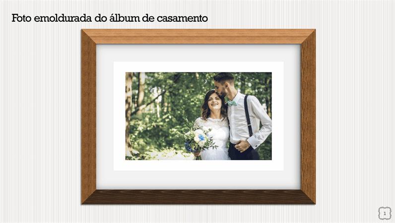 Foto emoldurada do álbum de casamento