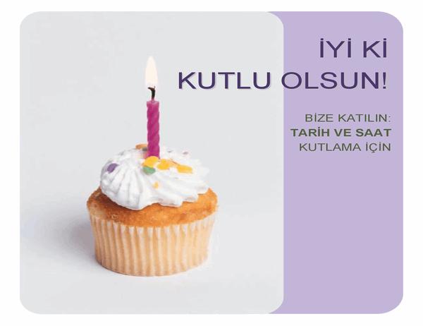 Doğum günü davetiyesi el ilanı (mini kekli)